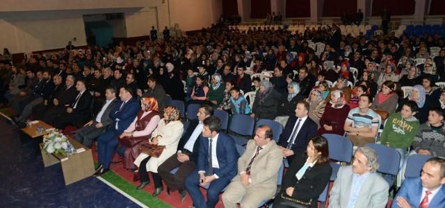 Erbaa Belediyesi ve Fatih Anadolu Lisesi Erbaa'da düzenlenen Bilinçli Aile İdeal Gençlik isimlikonferansta Eğitimci Yazar Sıtkı Aslanhan'ı ağırladı. Bilinçli Aile İdeal Gençlik başlığıyla Erbaa'da düzenlenen konferansa konuşmacı olarak katılan Eğitimci […]