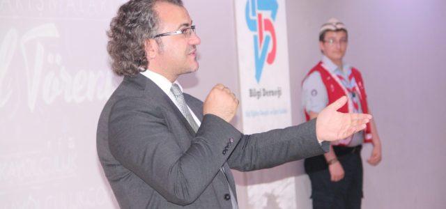 Van Bilgi Eğitim Gençlik ve Spor Kulübü tarafından düzenlenen Ufka Yolculuk Hadis Yarışması'nın ödül töreni düzenlendi. Törene, konuşmacı olarak katılan Kişisel Gelişim Uzm. Sıtkı Aslanhan, bu zamanda çocukları hayırlı işlerle […]