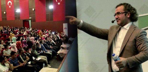 Eğitimci Yazar Sıtkı Aslanhan seminerinde öğrencilerin hem yüreklerine dokundu hem de geleceklerine dair yeni bir ruh kazandırdı. Aslanhan, hedefi olmayan bir insanın başarılı olması imkansız olduğunu hatırlattı. İmam hatip neslinin […]