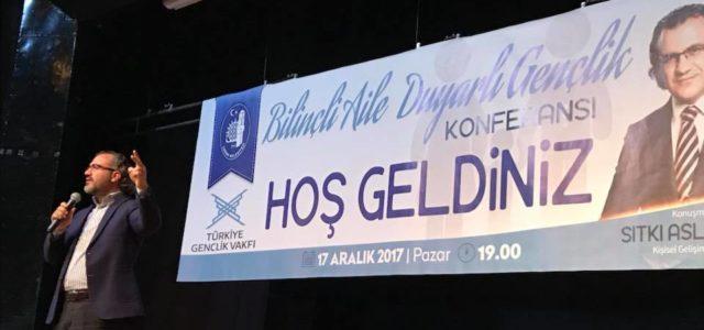 Kişisel Gelişim Uzmanı Sıtkı Aslanhan'ın konuşmacı olarak yer aldığı 'Bilinçli Aile, Duyarlı Gençlik' konulu konferans önceki akşam Çorum'da gerçekleşti. Türkiye Gençlik Vakfı (TÜGVA) ve Çorum Belediyesi işbirliğinde organize edilen konferans, […]